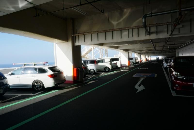 海ほたる駐車場